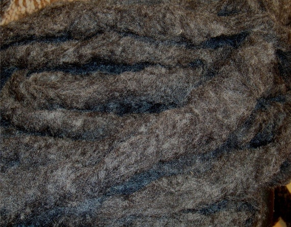 Spinning Fiber Top Natural Black Wool Roving 4.6 ounces