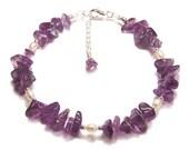 Amethyst and Pearl Sterling silver bracelet - purple gemstone chips, creamy pearls