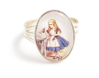 Adorable Alice in Wonderland ring DRINK ME Adjustable silver plated