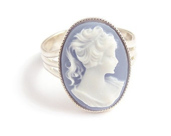 Victorian cameo ring elegant beautiful Blue Lady - gothic elegance