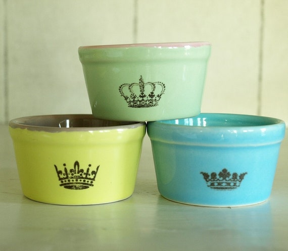 A set of 3 small dip bowls in sweet colors