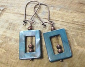 BEADED blue PEARL earrings MOD square