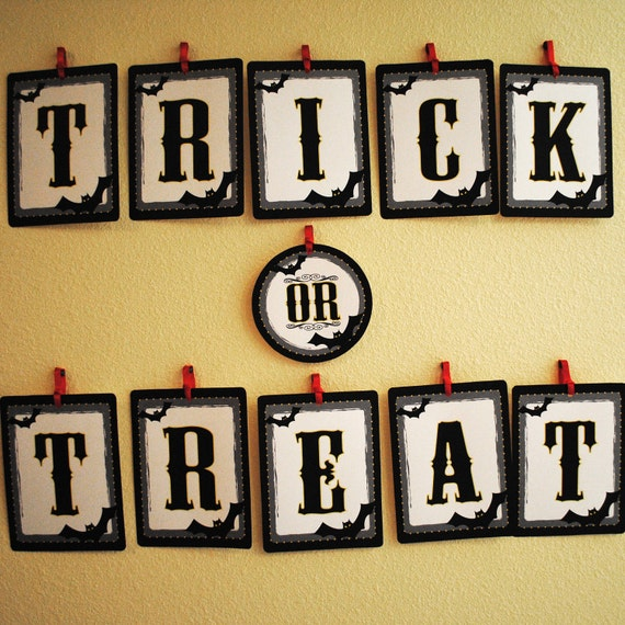 INSTANT DOWNLOAD (Digital) Trick or Treat Halloween Banner - Spooky Bats, Vintage and Gothic Style - Black, Gray and Yellow