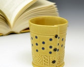 Blue dots Honey gold yellow cup