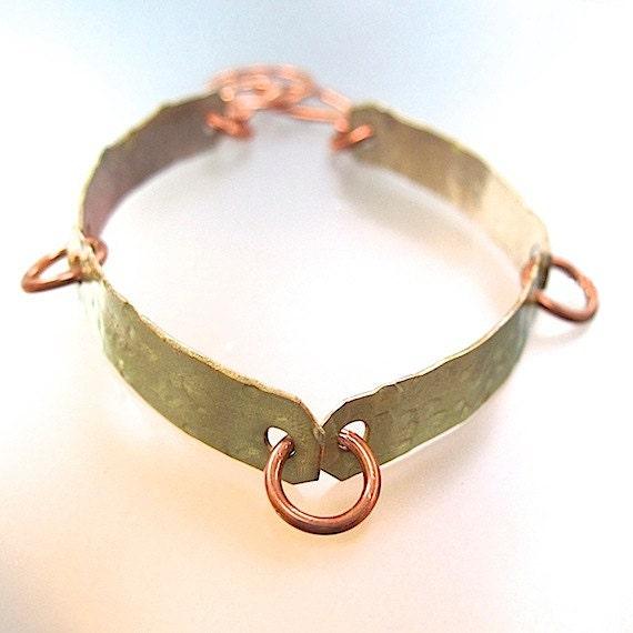 Painted Metal Copper Bracelet Golden Eco Friendly Hammered Metalwork