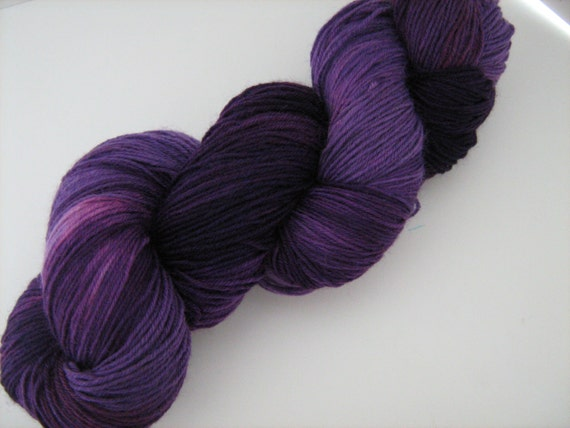 Growl Tiger- Superwash Sock Yarn- BFL/Nylon- Semi-Solid- Deep Purple-100g