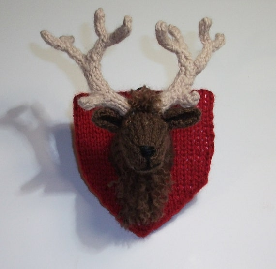 Mini Knitted Deer's Head Trophy Wall Decoration
