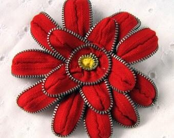 Red Zinnia Zipper Pin & Hair Clip