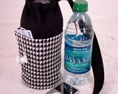 Black and White Houndstooth Insulated Water Bottle Carrier, Small for Hot or Cold Use