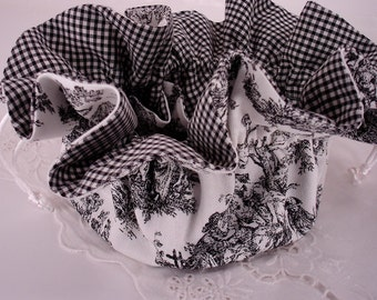 Jamestown Toile in Black and White Jewelry Pouch for Travel or Home Use, Large