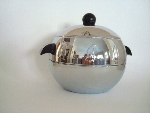 Vintage West Bend Penguin Ice Bucket Hot/Cold Dish