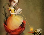 5X7 Queen Bee reads a love letter - Meluseena art print