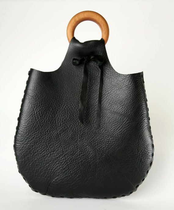 Flat Bangle Bag