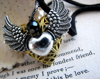 Set My Heart Free Love Locket Necklace - Steampunk Silver Winged Heart Locket Choker - Valentines