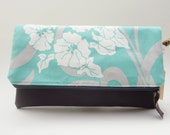 Folding Clutch Purse with Zipper Closure