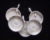 6 Pieces  Small Circle Pendant Tray Blanks Silver Plated Pewter (No. ND115) Made in the USA
