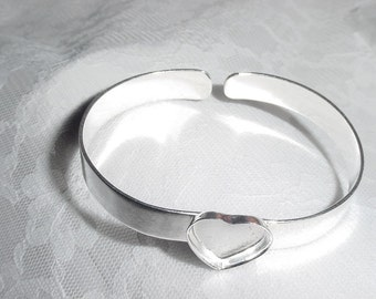 CLEARANCE CLOSEOUT Heart Bracelet Blank Adjustable Silver Plated  (AI218)