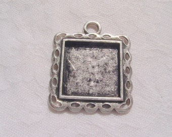 2 Square  Frame Charm Blanks 1.22 Inches (31mm) (No. 022)