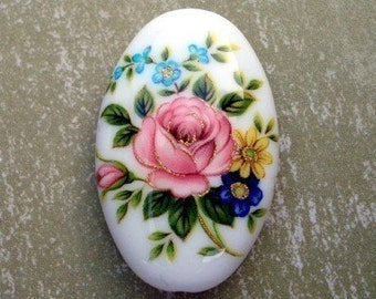 Large White 32x20mm Oval Floral Focal Tensha Cabbage Rose Bead (1 piece)