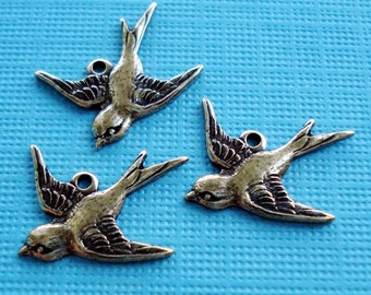 Tiny Antiqued Gold Bird Charms Facing Left 17x16mm (6 pieces)