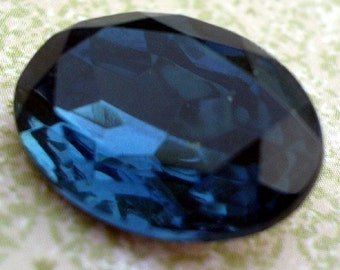 Vintage 18x13mm Montana Blue Gold Foiled Pointed Back Faceted Oval Glass Jewel 18x13mm (2 pieces)