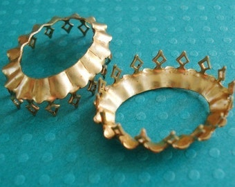 3 Brass 25x18mm Oval Open Back Crown Edge Prong Settings for Rhinestone Jewels or Cabs