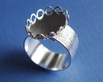 Silver Adjustable Ring 10mm Brushed Silver Band with 18x13mm Oval Lace Edge Setting for Flat Back Jewel or Cab (1 piece)
