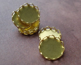 Brass 10mm Scallop Lace Edge Round Settings for Flat Back Rhinestone Jewels or Cabs (12 pieces)