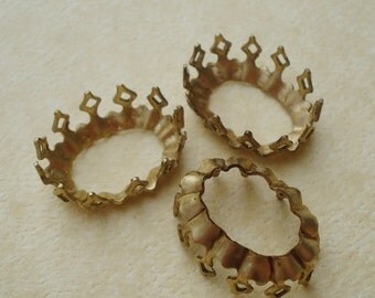 Brass 16x11mm Fancy Crown Edge Open Back Oval Settings for Jewels or Cabs (6 pieces)