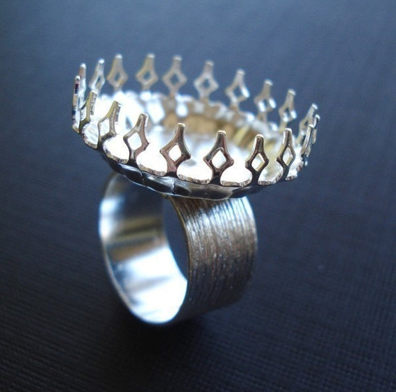 Silver Adjustable Ring 10mm Brushed Silver Band and Round 25mm Crown Edge Setting for your Cabs or Jewels (1 piece)