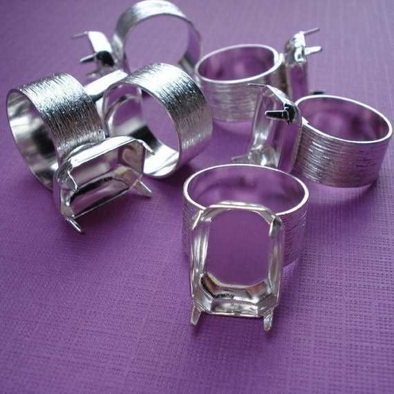 Silver Plated Adjustable Ring with 10mm Brushed Silver Band and 18x13mm Octagon Setting (1 piece)