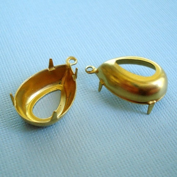 Brass 18x13mm Pear/Teardrop 1 Ring Open Back Settings for Jewels or Cabs (6 pieces)