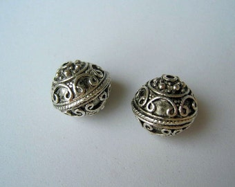 Antique Silver Plated Bead, 15mm. Pkg of 2 ... SB7