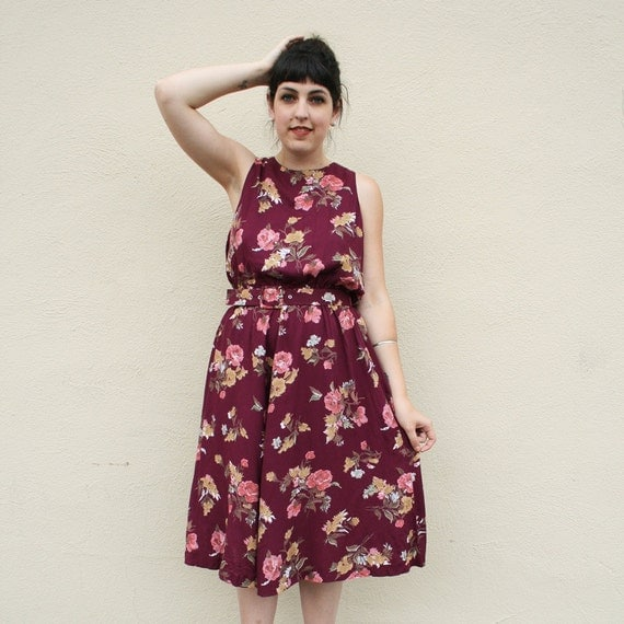 Vintage Day Dress / Maroon Floral Dress / Midi Dress / 1980s