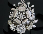 Vintage Flower Brooch Wedding Dress Pin Round Swarovski Crystal  Vintage Brooch Wedding Jewelry POSY