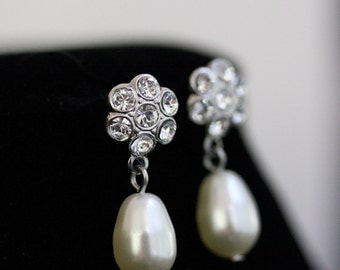 Small Bridal Earrings Pearl Rhinestone Wedding Earrings Pearl Drop Wedding Jewelry PETIT DROPS