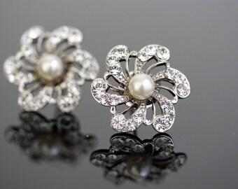 Bridal earrings, Flower Earrings, Stud earrings, Pearl and Rhinestone Flower Earrings, Swarovski Wedding Jewelry . SABINE Stud