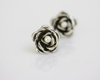 Rose Stud Earrings, Swarovski  Ivory Pearl, Small Bridal earrings, Post earrings Wedding Jewelry, FAYE STUD EARRINGS