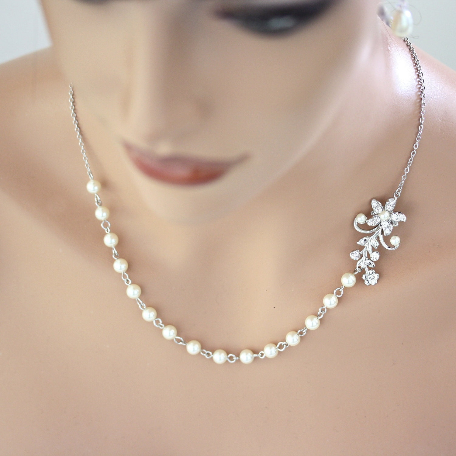 Items Similar To Pearl Bridal Necklace Vintage Wedding