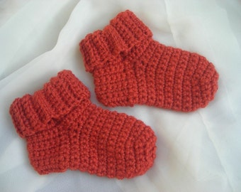 Crocheted Woolen Baby Socks. Russet. Booties.