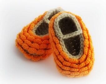 Flower Petal Baby Booties. Crochet. Tangerine.