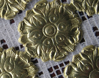 Germany 24 Fancy Embossed Gold Dresden Paper Foil Medallion Garnitures