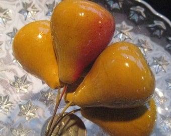 Spun Cotton Millinery Fruit Czech Republic 5 Jumbo Two Tone Pears  NF 302