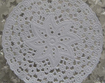 Made In Germany 15 Fancy Paper Lace Doilies Doily   GD 203