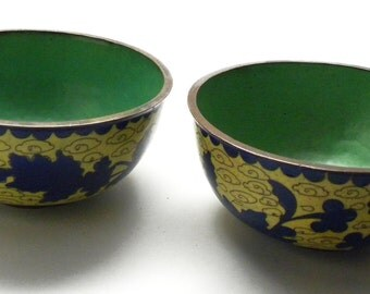 Antique early 1900s Pair Chinese YELLOW & BLUE CLOISONNE Copper Bowls Qing Dynasty Mint!