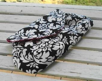 Damask Clutch, Black and White Bridesmaid Clutch, Fancy Printed Purse, Small Handbag, Bridal Clutch, Monogrammed, elegant Clutch