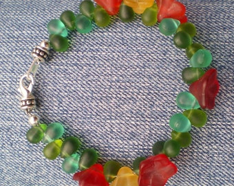 Pointsettia Frosted Glass Bracelet
