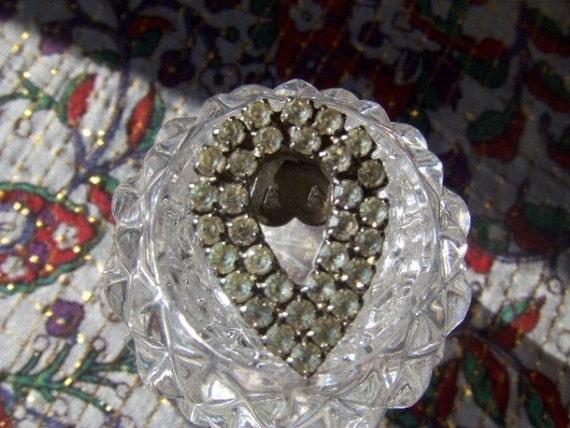 Vintage Rhinestone Teardrop Clip