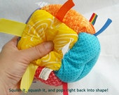 BEST SELLER Jumble Ball Sensory Baby Block with rattle and ribbon tags - Rainbow Boy or Girl