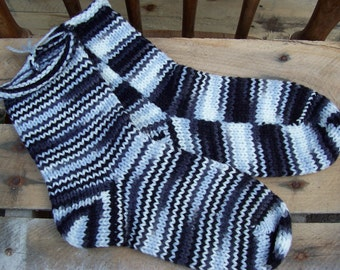 Socks Knit Socks EMO / Zebra 1 pair fits size 7 - 9 great  gift